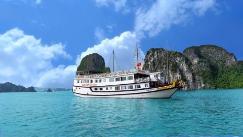 HANOI-HALONG BAY  -CAT BA ISLAND